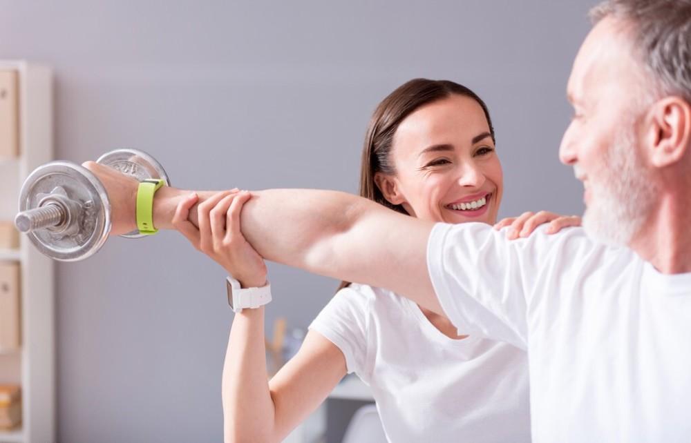 预防脑出血和脑梗塞,除了服药之外,坚持运动的效果最好
