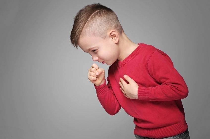 世界肺炎日:引发肺炎的2种常见行为,生活中大多数人都蒙在鼓里
