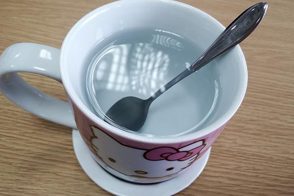 早上喝水前需要刷牙吗?长期不刷牙喝水,身体会出现异常吗?