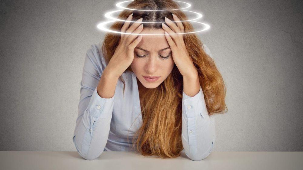 熬夜至少有这5大危害,不要为了一时开心,毁掉身体健康