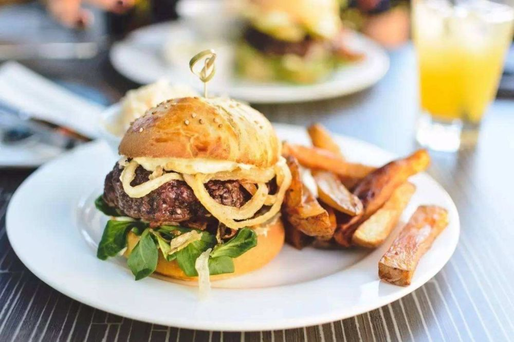 糖尿病的诱因,食物是关键!3种食物可以促使血糖飙升,需要警惕