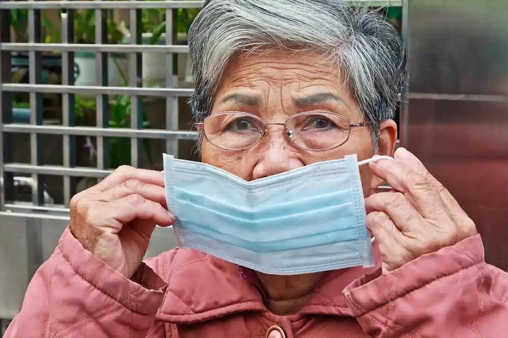 明明戴口罩,为何还会被感染?口罩上的这个细节,万万不能忽视