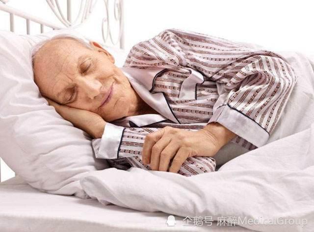 老年人的午休到底睡多久才合适?