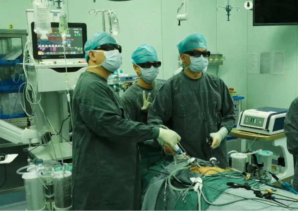 花甲老人三年查出两种癌,专家在2毫米空间里精准切除